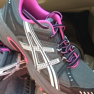 New Asics  black, grey & pink athletic shoes